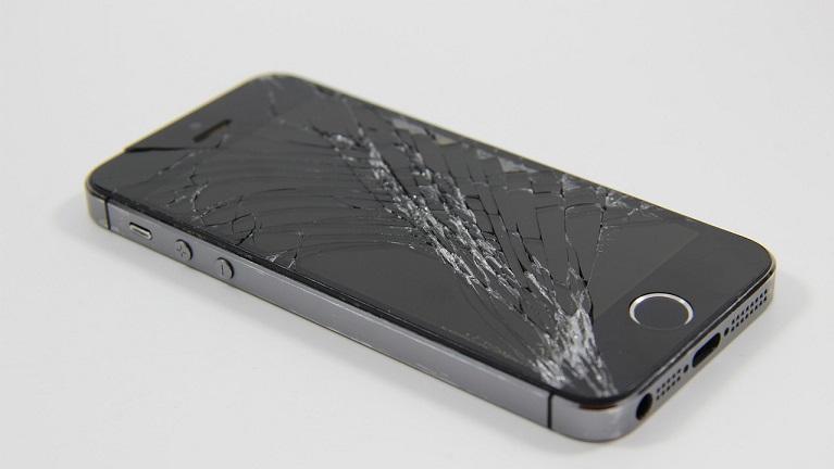 Zamena ekrana na mobilnim telefonima